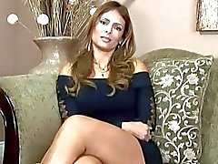 Hot interview met vervelende milf Monique Fuentes