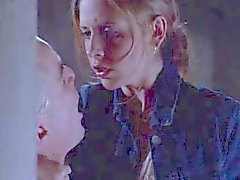 Sarah Michelle Gellar - Buffy compilatie Sex Scene 's