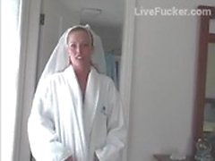 Él cogió la esposa de su mejor amigo 2 horas antes de la boda comienza tramposo