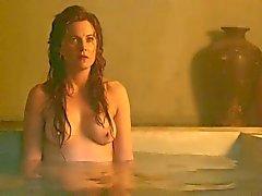Spartacus : Lucy Lawless en Viva Bianca topless
