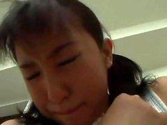 shopliting giapponese ragazza studentessa