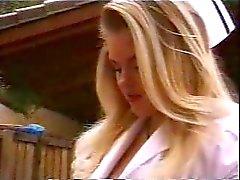 Verpleegkundige blonde vet verpleegkundige harde sex