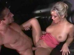 AshlynnnBrooke Fucked En limousine (TSP)