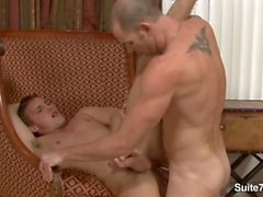 Amazing jocks Alex Andrews ve Cole Streets 69 kendi musluk emme