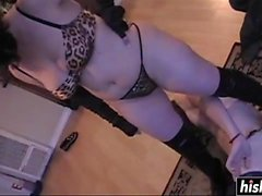 Foxxy Lambrusco domine son homme excité