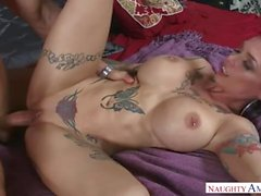 Step Mom Anna Bell Peaks Shows Pussy