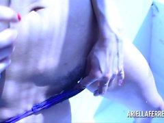 Ariella Ferrerassa Lasit penis sininen valo Taiteellisen Play