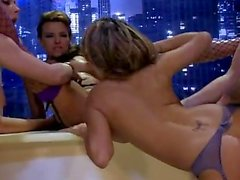 gemma massey groupsex big-tits orgía babes