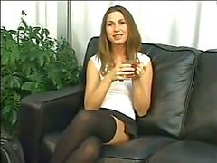 HOT GIRL n172 blonde anale Babe op een sofa