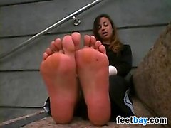 Pretty Arab Girl Shows Off Her Bare Feet
