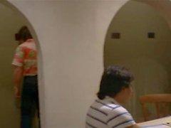 Gefangene Фрауен (1980 ) - Сцена 3. Peep Show