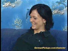teen tedesco ha preso per il suo primo anale