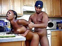 Ebony подросток выебанная столовая