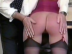 Meilleure fessée maman britannique. Voir PT2 goddessheelsonline