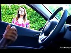 BBC dick flash chica viendo hombre negro masturbándose en el coche