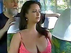 brutalité au bus