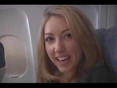 Sarah Peachez - mamada de avión