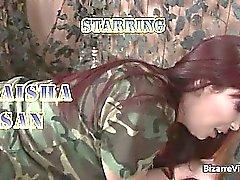 Horny seksikäs horny armeijaan nussitaan