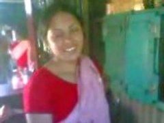 Indiase gedurfde paar neuken onder Shamina bij partij
