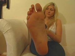 BARE FOOT & Long Toes Feet