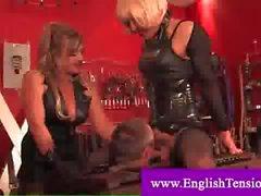 Prisoner sucking a crossdresser sissy