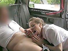 Hôtesse de l'air Amica fucked avec pilote perv