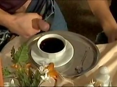 Eğer kahve de süt ister misin? Bu lezzetli!