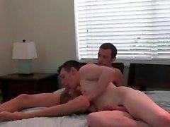 Geile Homosexuell wichsen dongs ihre Arschlöcher zeigen