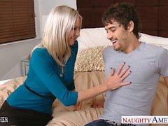 Enseignants blondinette d'Emma Starr a baisent son étudiante
