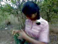 Desi Sesso nelle Giungla ( mangano della giungla principale)