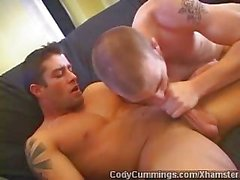 Cody Cummings - Intensiv Homosexuell BJ