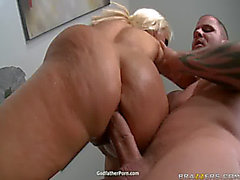 Holly Halston e Kelly Divine temendo-ameaçador Sexy Ass Oil Party3
