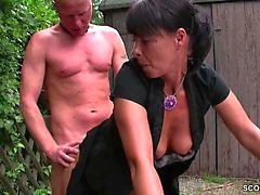 gros seins les grosses bites pipe éjaculation doggystyle