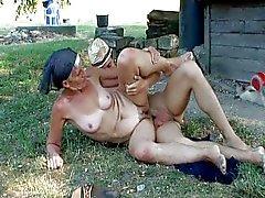 De Boeren Grandma 2