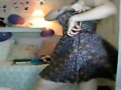 Caroline chaude danse webcam