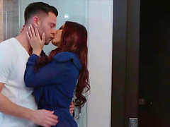 BABES - Seth Gamble, Madison Ivy - Special Service