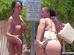 Miss Raquel and Ava Addams are two curvy playful women - adult movie Pornsharing