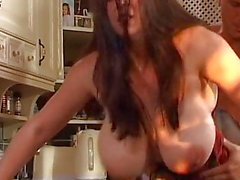 Checo MILF Enorme Floppy Saggy Tits
