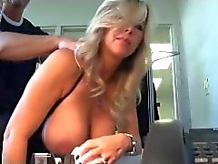 Hot office slet MILF vrouw draagt ​​bodystocking