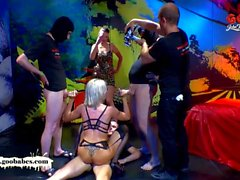 Behind The Scenes - Emma Starr's first Bukkake