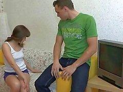 devku-bez-ee-soglasiya-zhestko-ottrahali-samoe-otkrovennoe-analnoe-porno-video
