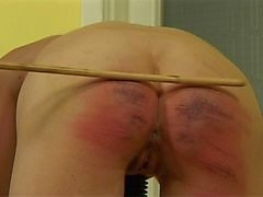 Hårt caned Girl 10