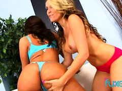Courtney Cummz and Kelly Divine 3some