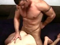 Di Spencer Reed Domina tutta a Colby Keller
