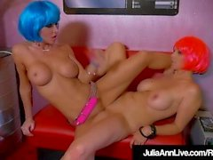 Milf Funky Android Julia Ann e Jessica Jaymes Scissor Fuck!